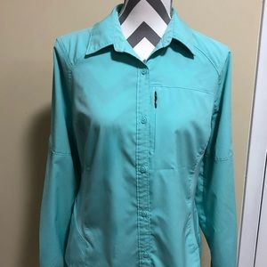 Women's Columbia Omni-Shade Large Shirt